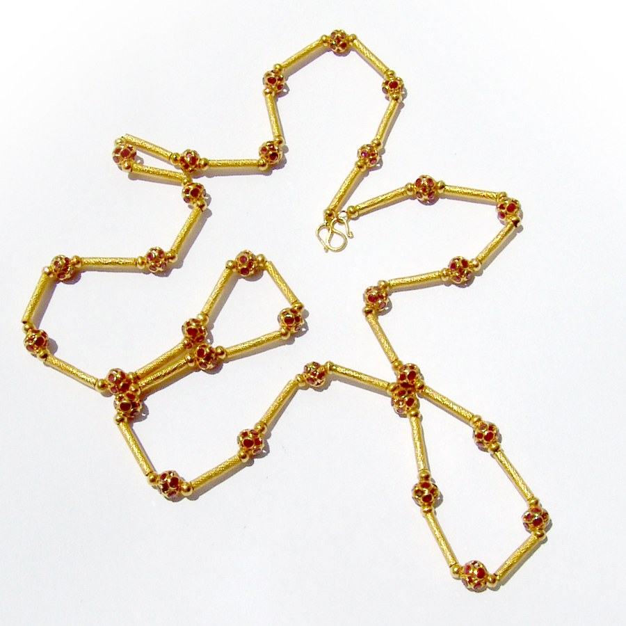 Vintage Ornate Chain Rubies 22 K Gold