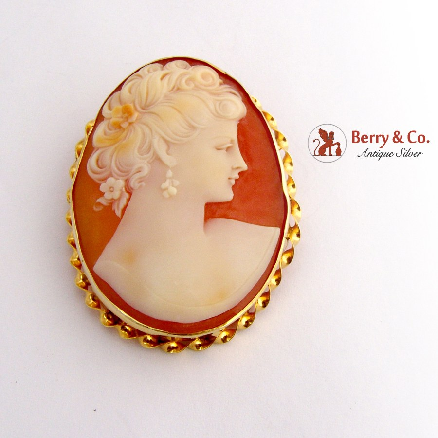 Vintage Oval Shell Cameo Brooch or Pendant 10 K Yellow Gold
