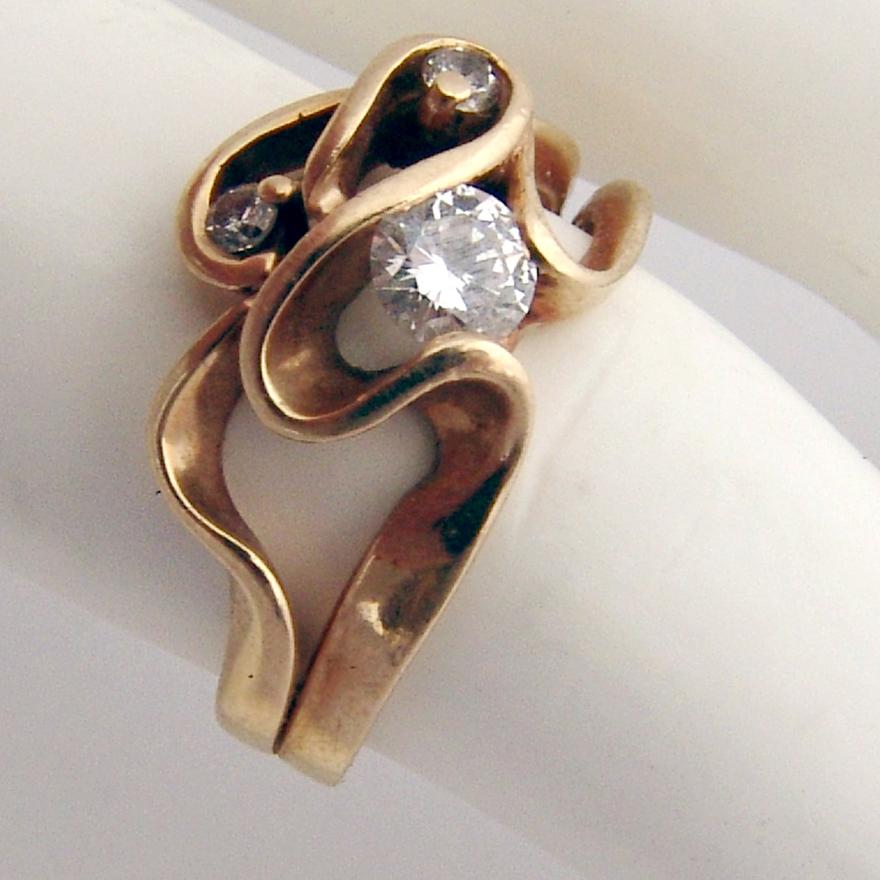 Diamond Ring 14 K Gold Weave Design