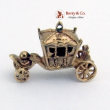 Vintage Carriage Charm 9 Ct Gold