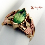 Multi Colored 10K Gold Peridot Ring Foliate Decorations