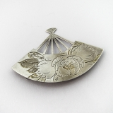 .Japanese Floral Engraved Fan Form Brooch 950 Sterling Silver Uyeda