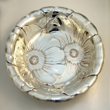 .American Sterling Silver Bowl Repousse Poppy Pattern Wallace Silversmiths Connecticut 1940
