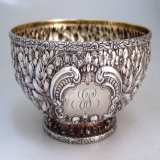 .Repousse Fruit Bowl Gorham Cluny 1895 Sterling Silver 10 Inch