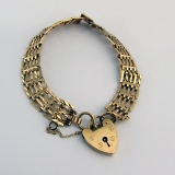 Vintage Chain Bracelet Heart Locket 9 Ct Gold