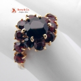 Dazzling 18K Yellow Gold Garnet Studded Cocktail Ring