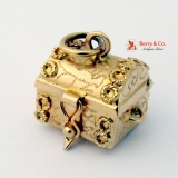 Vintage Retro 14K Gold Treasure Chest Charm